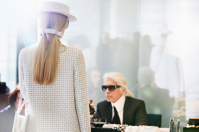 chanel-news-spring-summer-2016-ready-to-wear-backstage-02